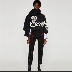 Zara Trafaluc denim wear w/embroidered roses
